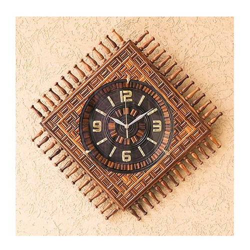 Wooden Decor Was Never Out of Fashion Wooden Wall Clock Carving Square