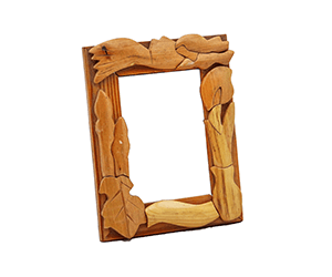wooden photo frames crafted