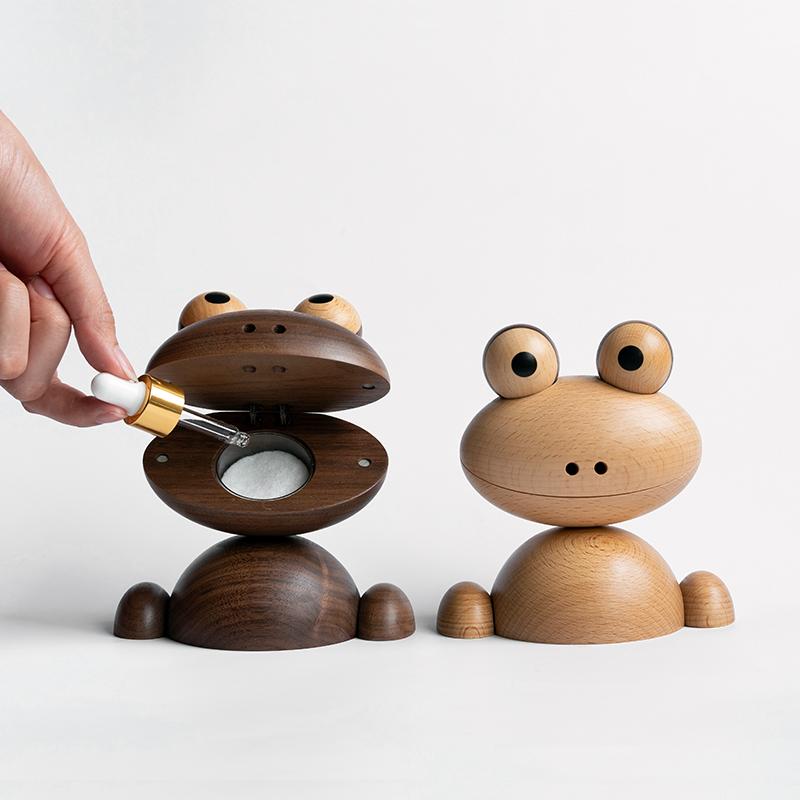 Wooden Animal Figurines Frog