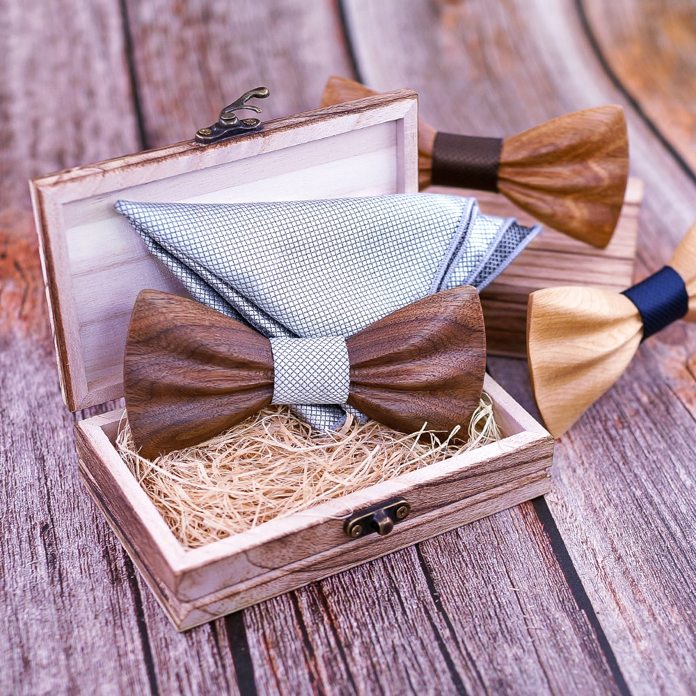 Wooden Bow Tie Floral